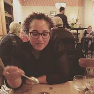 Yesenia G. profile image