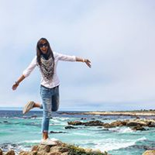 Vivian H. profile image