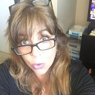 Sandy S. profile image