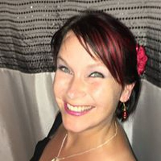 Belle R. profile image