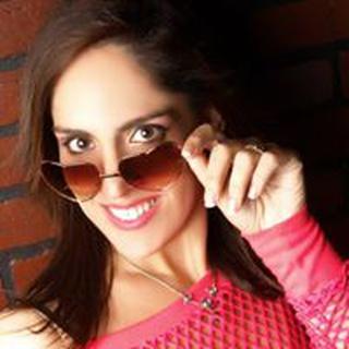 Sharon R. profile image