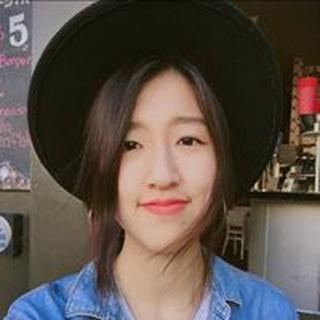Yoomi L. profile image