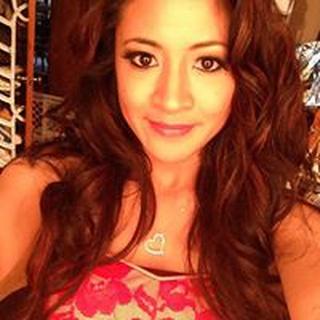 Meloiza E. profile image