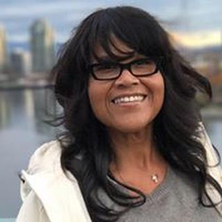 Wendi R. profile image