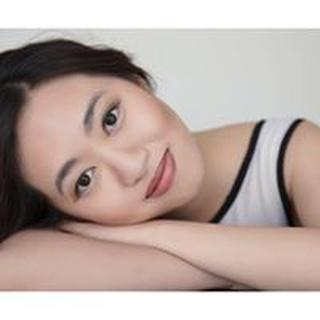 Vivien S. profile image