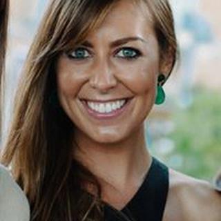 Mary H. profile image
