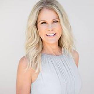 Lisa S. profile image