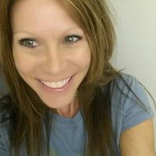 Jennifer W. profile image