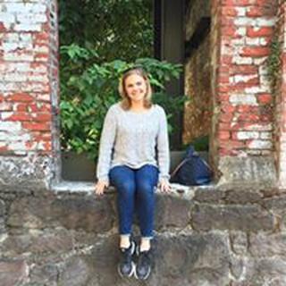 Sarah M. profile image