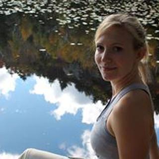Caitlin S. profile image
