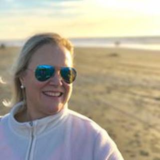Karen L. profile image