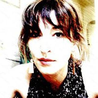 Leora W. profile image