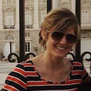Suzie W. profile image