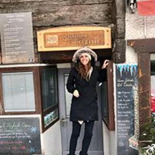 Stefanie S. profile image