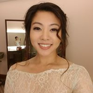 Esther P. profile image