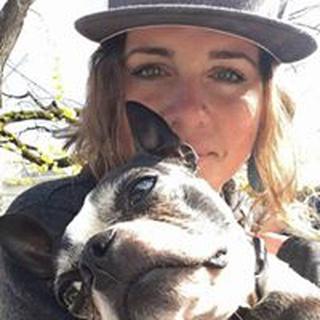 Anne M. profile image