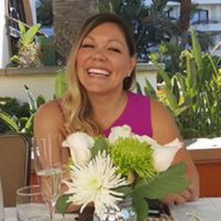 Shelley L. profile image