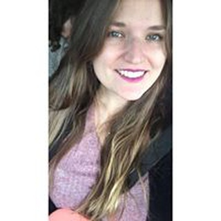 Laura W. profile image