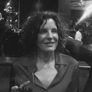 Elizabeth O. profile image