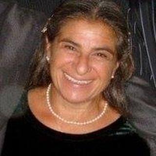 Pam  B. profile image