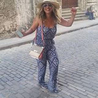 Ana Karina L. profile image