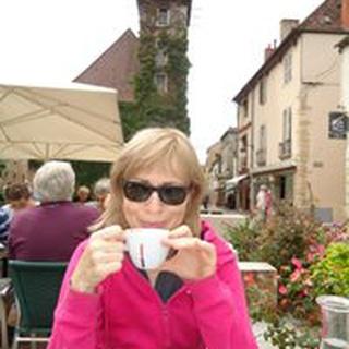 Karen W. profile image