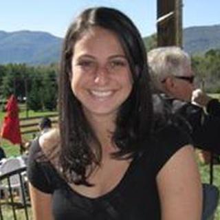 Lauren B. profile image