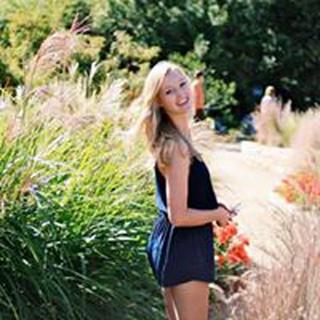 Nicole H. profile image