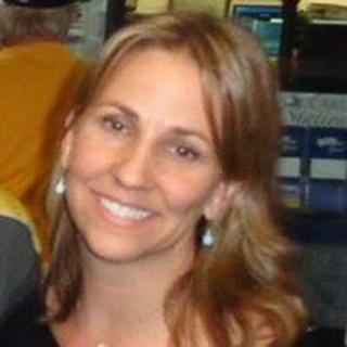 Suzanne K. profile image
