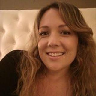 Laura S. profile image
