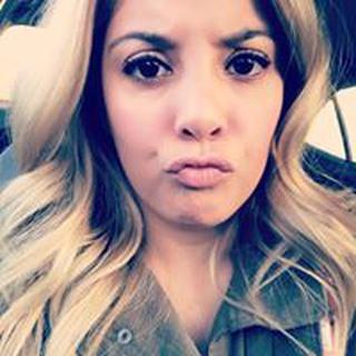 Anel M. profile image