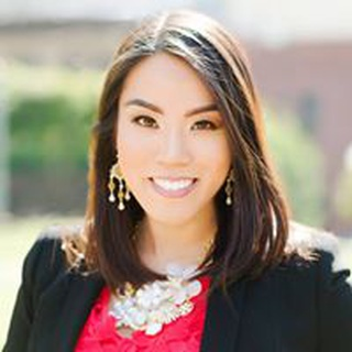 Lindsey M. profile image