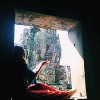 Leeana R. profile image