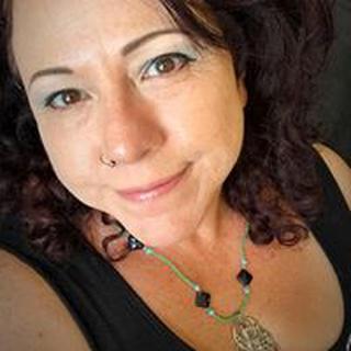 Nancy R. profile image