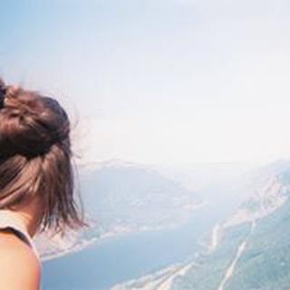 Ella M. profile image