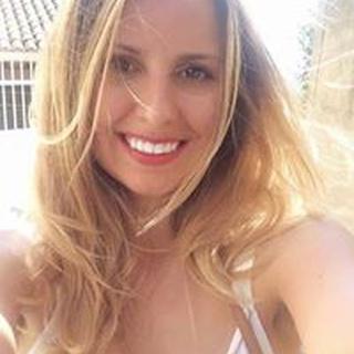 Amanda D. profile image