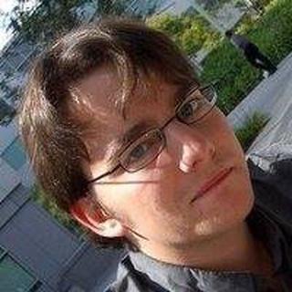 Simon W. profile image