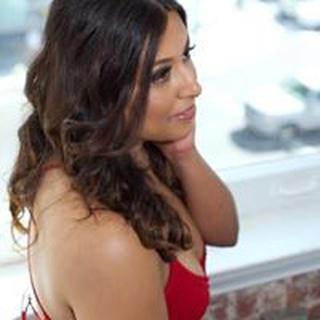 Annie G. profile image