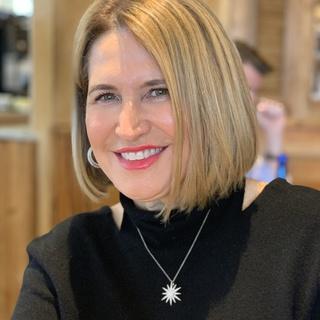 Deborah C. profile image