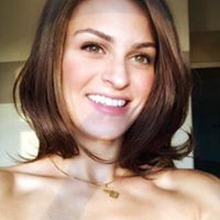 Nicole K. profile image