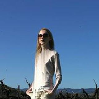 Siona V. profile image