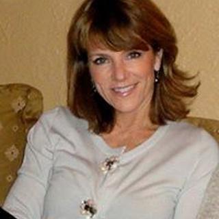 Anne N. profile image