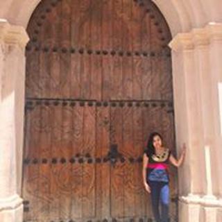 Adriana R. profile image