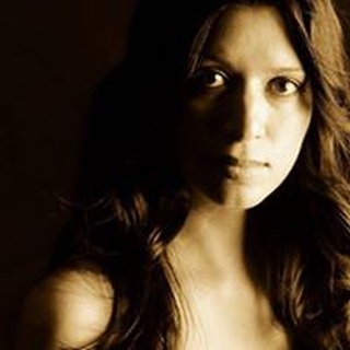 Laurie L. profile image