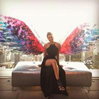 Monique F. profile image