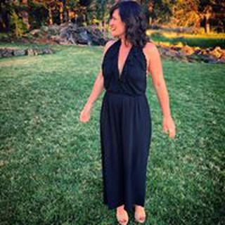 Lindsey C. profile image