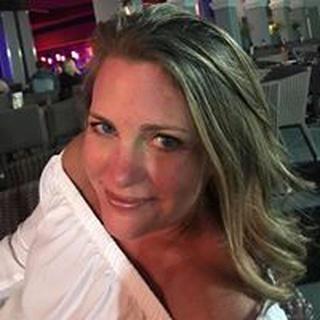 Lisa H. profile image