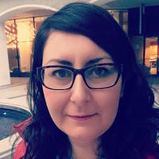 Cristina R. profile image