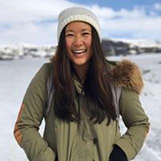 Emily L. profile image