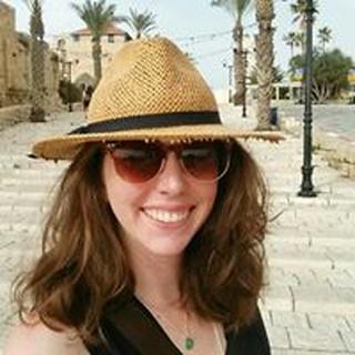 Sarah H. profile image